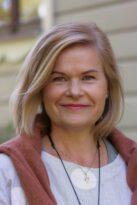 Ulla-Riitta : Tähkän vastuuhenkilö, Perheterapeutti, psykoterapeutti, TRO