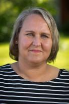 Sari Tirronen : Lastenhoitaja, lasten ja nuorten erityisohjaaja, neuropsykiatrinen valmentaja