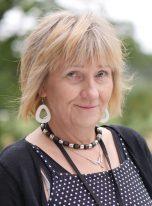 Leena : Sosiaaliohjaaja, sosionomi